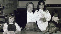 Bildetekst: Marie frå Hafslo opplevde sjølv vanskane som innflyttar, og lovte å hjelpe andre. Det gjorde ho i meir enn 50 år.